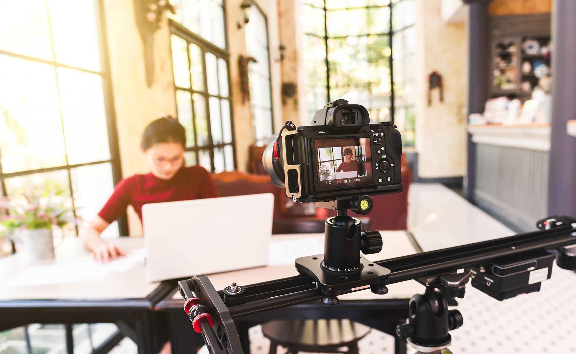 Production vidéo : vidéo virale, réseaux sociaux